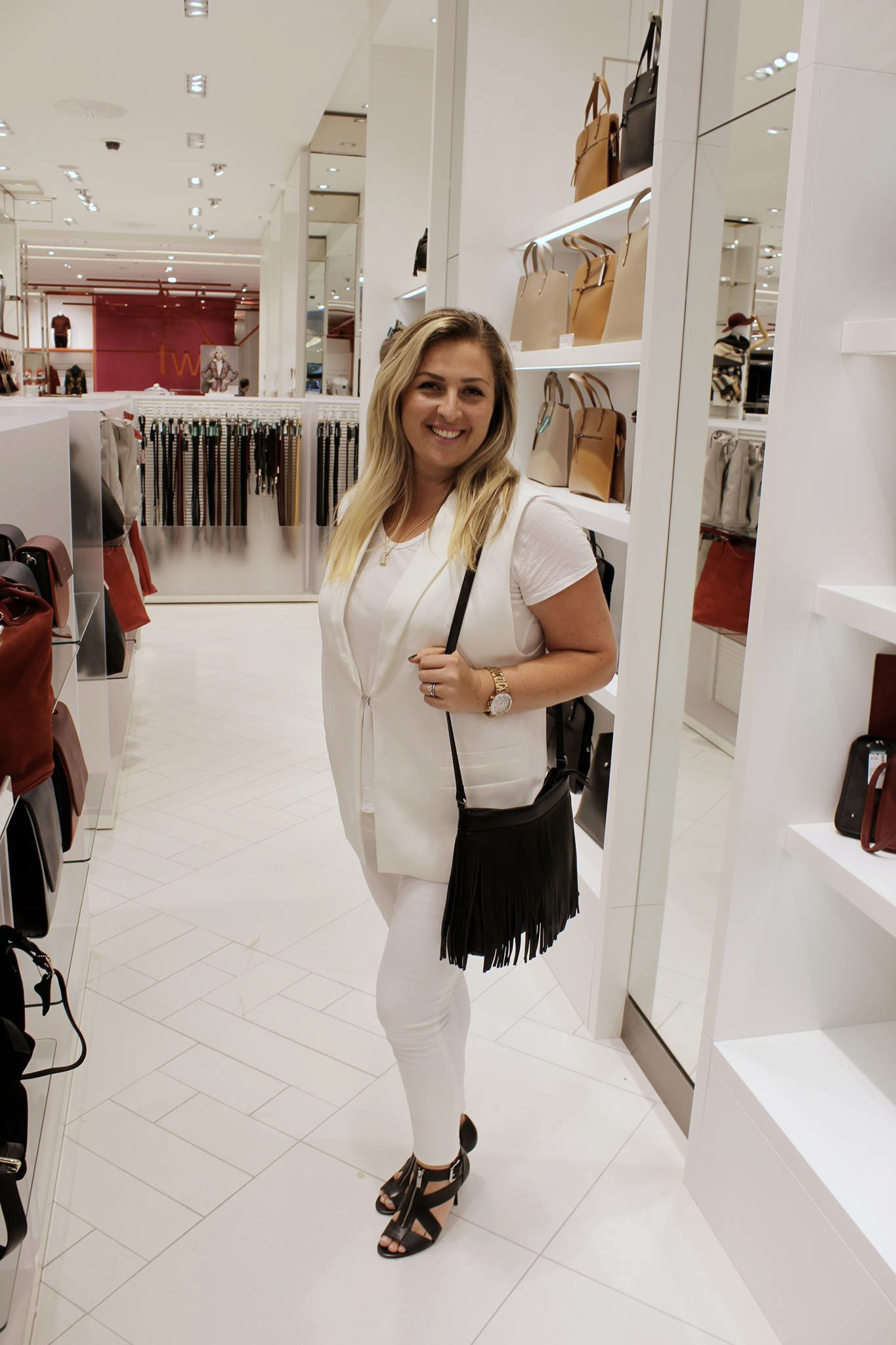 New Simons open in Gatineau Chantsy Ottawa Blogger Montreal Store Canadian Fashion mode XLusive fashion blogger plus size