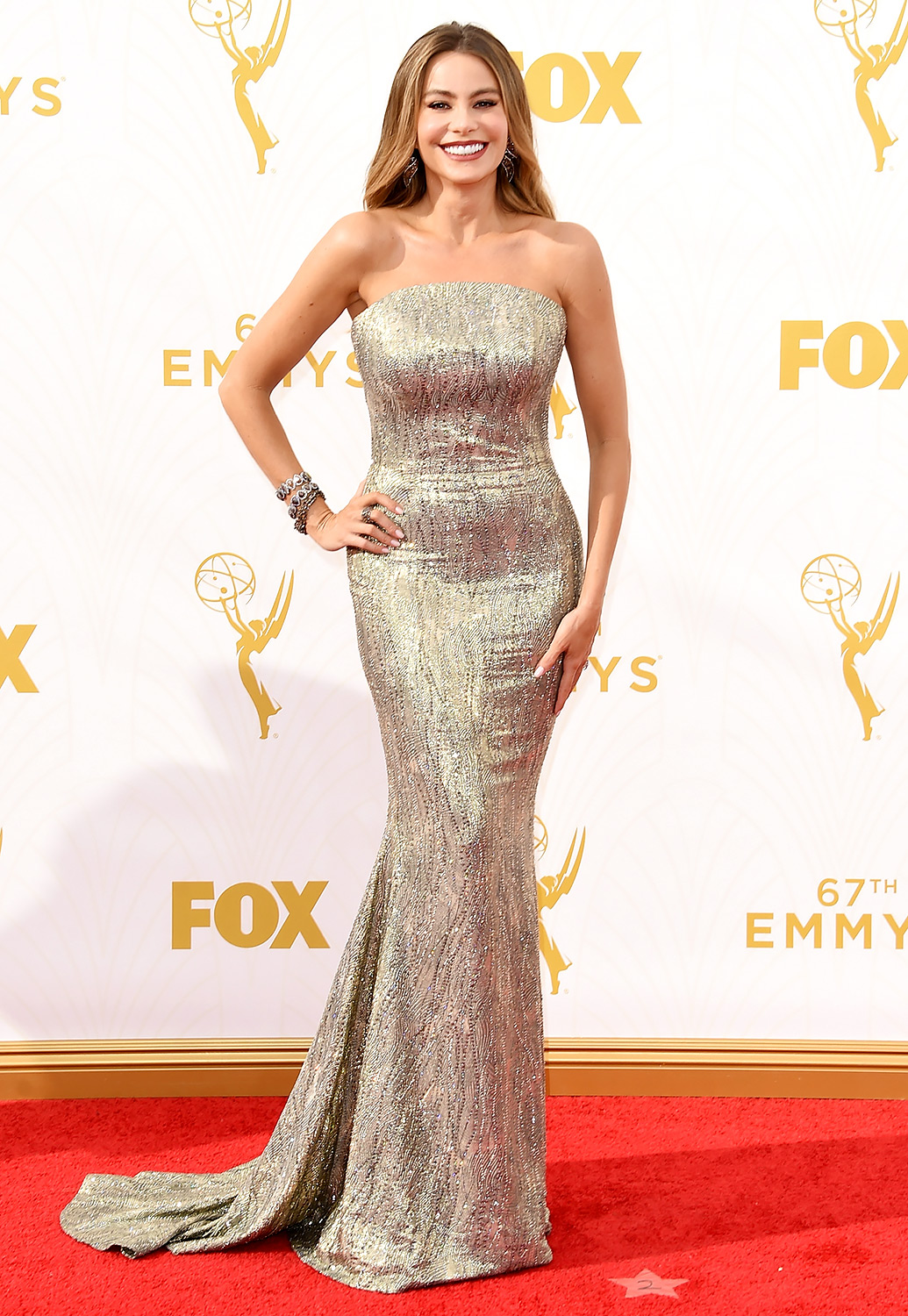 Mode XLusive Canadian Fashion Blog Curvy Sofia Vergara Emmys 2015 red carpet dresses