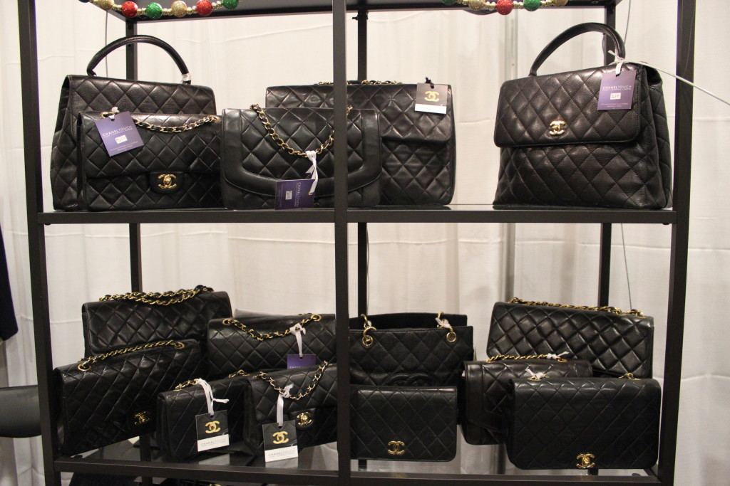 All the vintage Chanel your coeur desires!