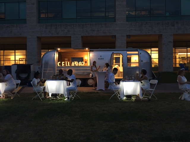 Diner en Blanc 2016 Ottawa Fashion Blog 11 Cellar 82 wine truck airstream
