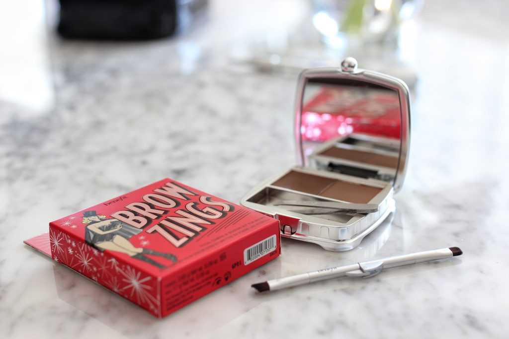Benefit-Cosmetics-product-review-Best-mascara-eyebrow-makeup-for-natural-brows-brow-zings