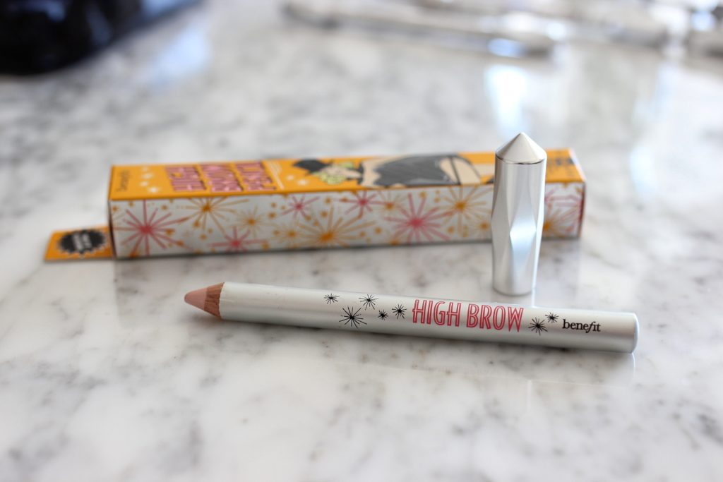 Benefit-Cosmetics-product-review-Best-mascara-eyebrow-makeup-for-natural-brows-high-brow