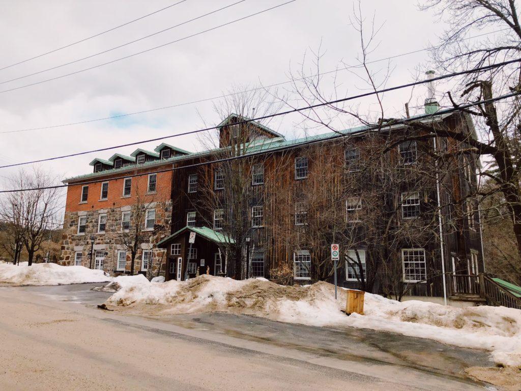 Ottawa-Gatineau-boutique-Hotel-Wakefield-mill-travel-blog-blogger-fashion-Chantsy