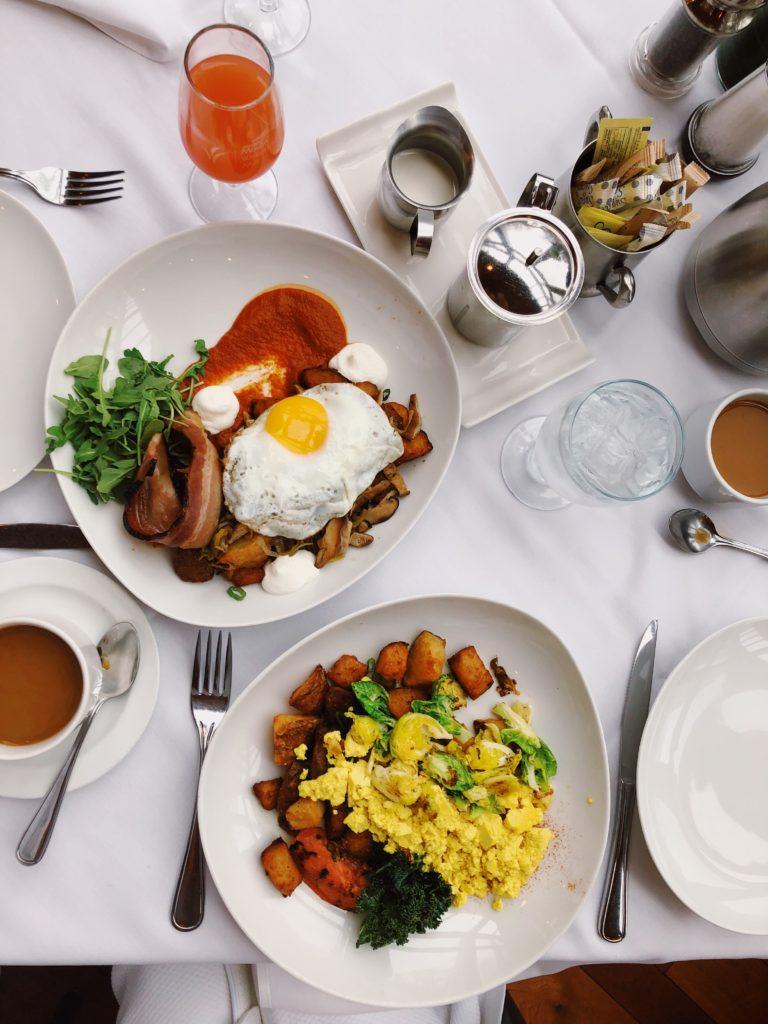 Ottawa-Gatineau-boutique-Hotel-Wakefield-mill-travel-blog-blogger-fashion-Chantsy-breakfast-brunch