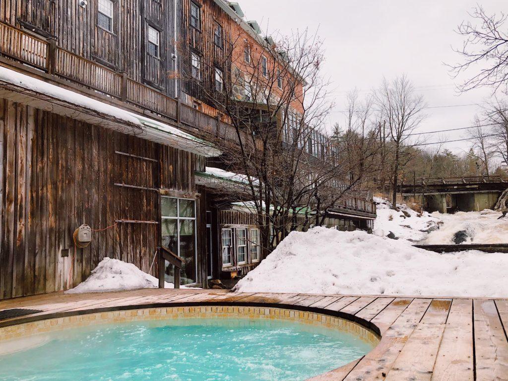 Ottawa-Gatineau-boutique-Hotel-Wakefield-mill-travel-blog-blogger-fashion-Chantsy-spa