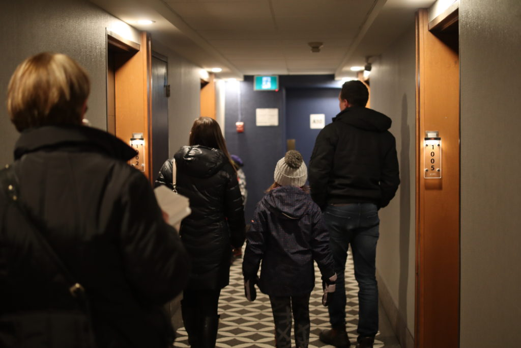 Ottawa-Embassy-Hotel-Suite-Chantsy-blog-Fashion-blogger-family